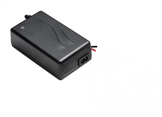 Mascot 4-cell LiFePO4 desktop charger [2440]
